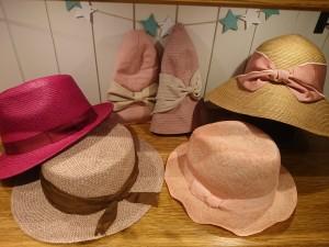 1ピンク帽子